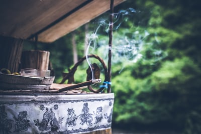 Incense Holders: Know The Benefits Of Buying Holders